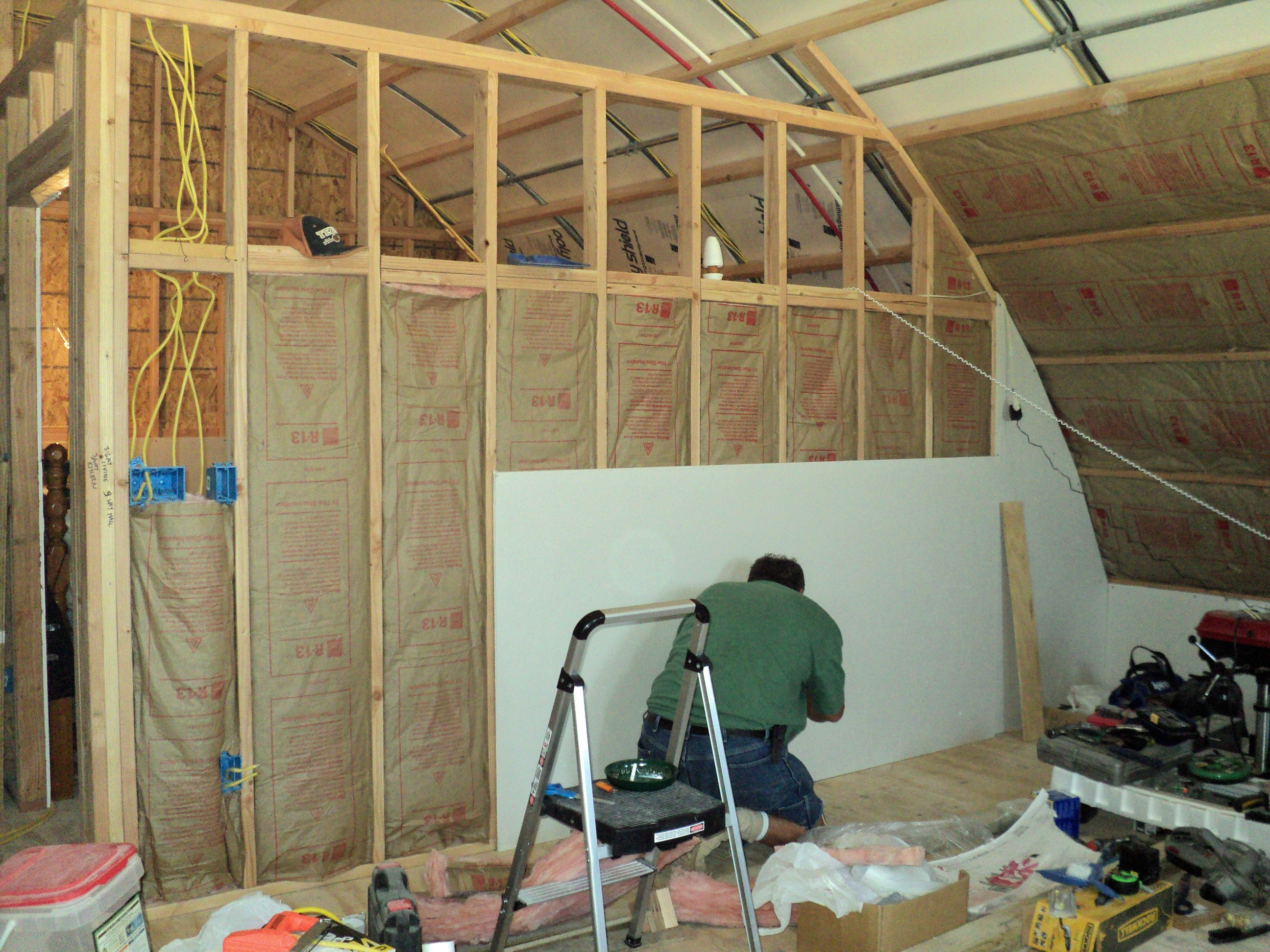 tiny house insulation options hot and cold weather tiny spaces living