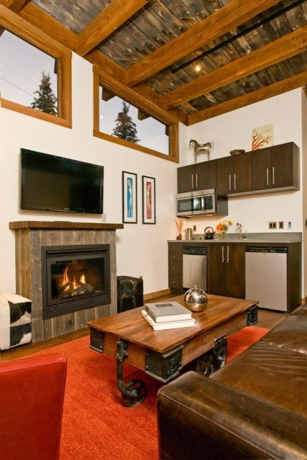 The Wedge Cabin's Living Room