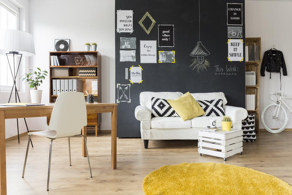 A vintage living room with vintage home interior products
