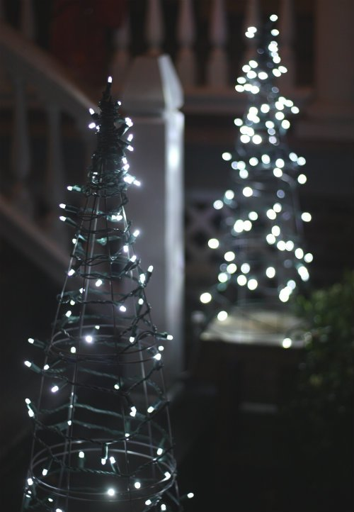 #18. Lighted Tomato Cage Christmas Trees