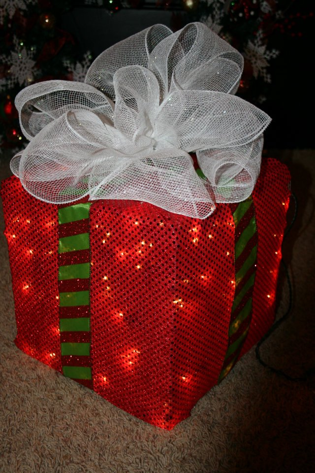 #24. A Lighted Christmas Box