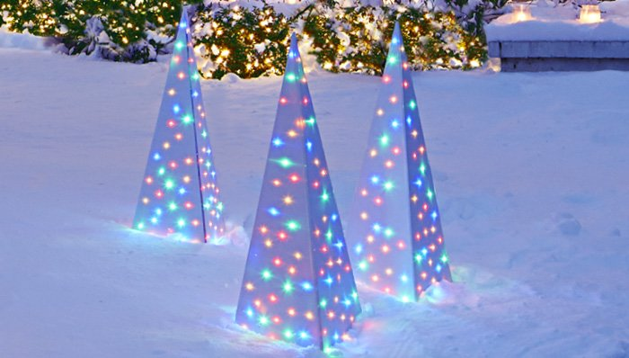 #10. Lighted Spire Ornament